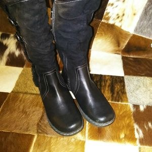 99d090603101d Yuu Black Leather Suede Winter Boots Size 9